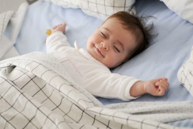 baby og sengetøj